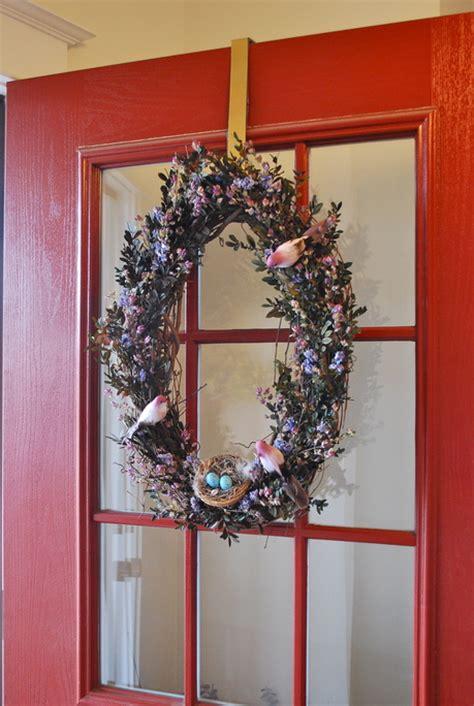 hang  wreath   door kate courys farmhouse
