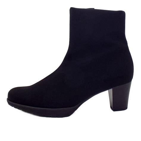 kaiser dela comfortable stretch boots mozimo