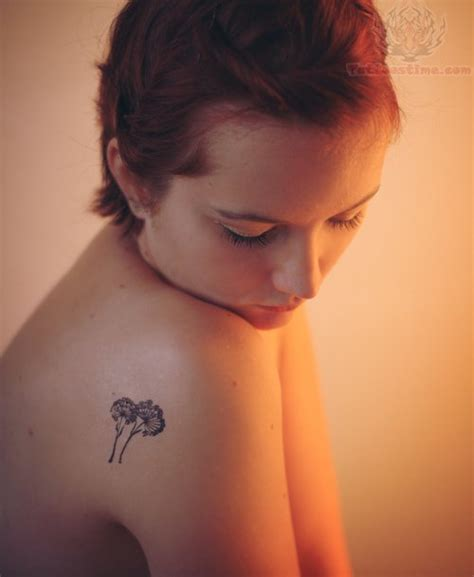 small shoulder tattoos small dandelion tattoos on back shoulder