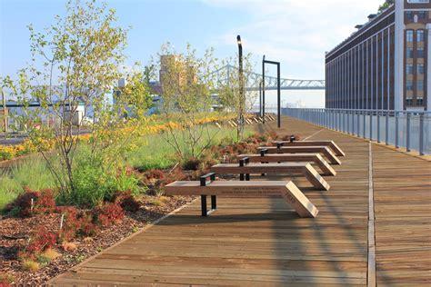 Landscape Architecture Canada Chemin Qui Marche Lookout Montreal Canada Groupe Ibi Chba