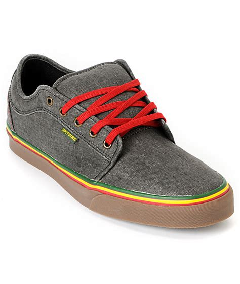 jamaican colored sneakers vans chukka low spitfire x cardiel hemp rasta skate shoes
