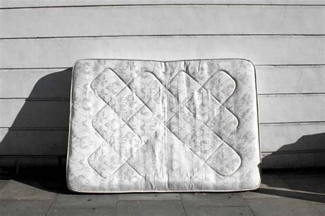 reddit user turns mattress into a for 100