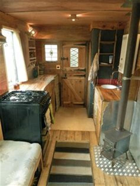best 25 rv remodeling ideas on pinterest 1000 images about travel trailer cer rv on pinterest