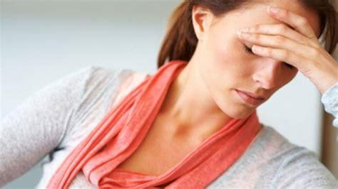 female mood swings causes bipolar symptoms in women