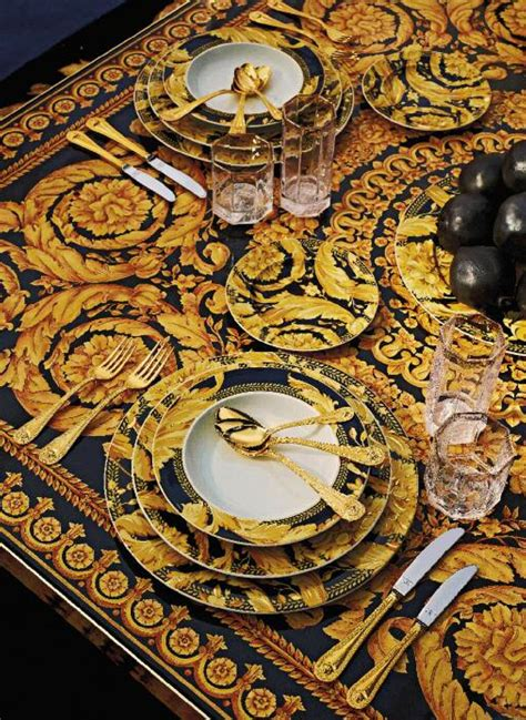 Salle A Manger Versace by Table Setting With Versace The House Of Beccaria