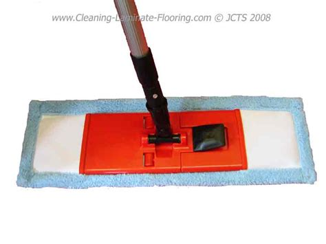 can you use a steam mop on laminate wood wood floors