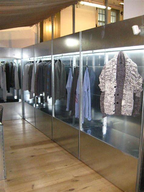 cremonini scaffali scaffalature metalliche per negozi abbigliamento