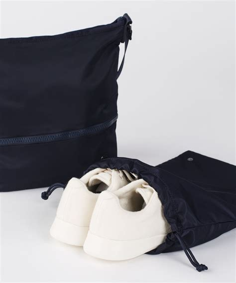 lululemon go lightly shoulder bag lululemon go lightly shoulder bag midnight navy lulu