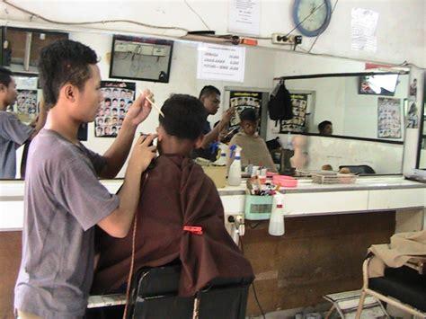 barbershop tempat potong rambut pria terbaik di jakarta venelova kursus potong rambut pria foto siswa ptc alhamdulillah