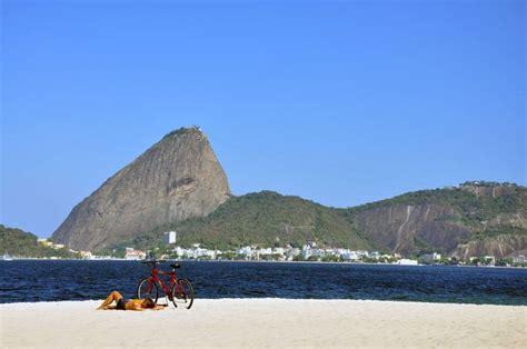 praia  flamengo viagem  turismo