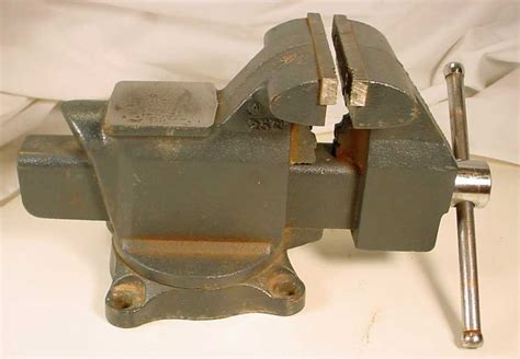 craftsman bench vice craftsman 4 1 2 inch bench vise 51865 made in usa used