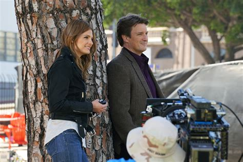 castle cancelled or renewed 2016 castle season nine abc reportedly must decide today