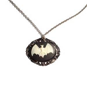 bat cameo necklace hemet store