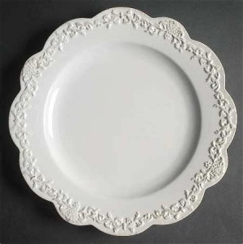 top 28 simply shabby chic chateaux 16 pc dinnerware set simply shabby chic 174 chateaux 16