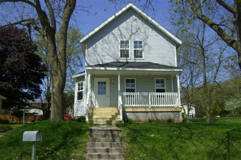 126 n park pl plymouth wi for sale 105 000 homes