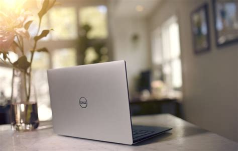 Dell Xps 13 I3 dell s xps 13 gets budget 8th i3 sku xps 13 2 in