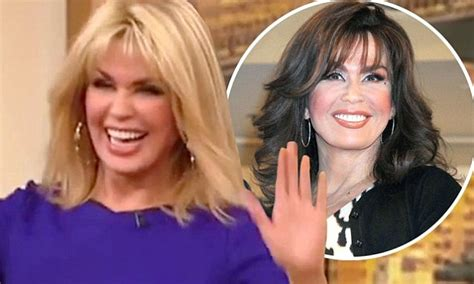 does marie osmond wear a wig marie osmond reveals that she wears a blonde wig to