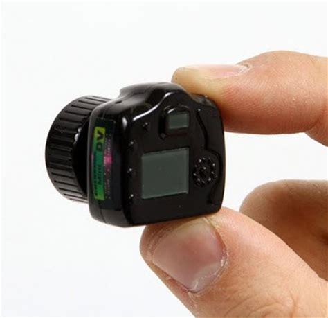 mobile world: small camera