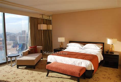 number of rooms in marina bay sands marina bay sands singapore room review malaysia asia