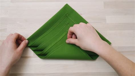 how to fold a christmas tree napkin easy step by step