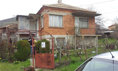renovation old house old house in need of renovation for sale in sadievo недвижимость в