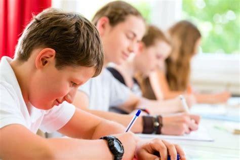 come svolgere un testo argomentativo esami terza media come scrivere un tema argomentativo