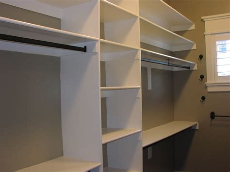How To Make Walk In Closet by 26 Relevant Closet Shelving Ideas Slodive