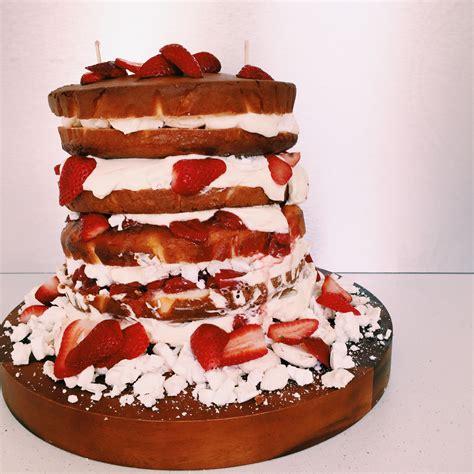 Wedding Cake Extract by Goodfoodweek S Wedding Cake Vanilla Sponge With Eton