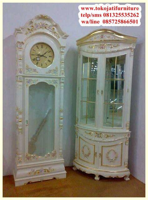 Lemari Hias Jam By Furniture Shop lemari jam hias ukiran duco www tokojatifurniture