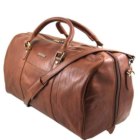 A Weekend Bag For The by Tuscany Leather Mens Weekend Bag Italian Leather 2683