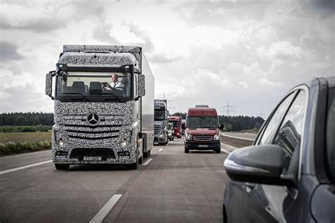 future mercedes truck daimler future trucks autonomous trucks all set for 2025