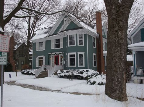 historic district 2010 market report naperville illinois