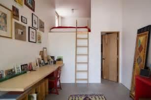 Bien Chambre Adulte Petit Espace #4: lit-mezzanine-adulte-petit-appartement.jpg