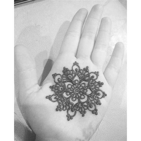 henna tattoo games a henna mandala like merchemariposa did for such a