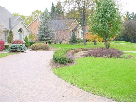 circular driveway landscaping ideas out in the yard