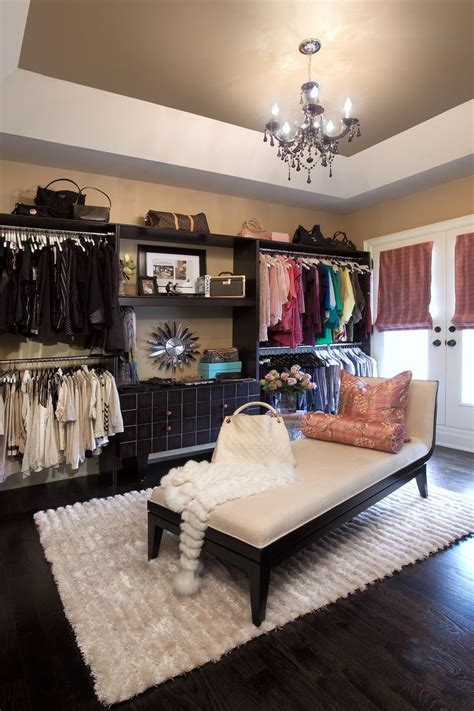 how to turn a bedroom into a dressing room 25 best ideas about bedroom turned closet on pinterest