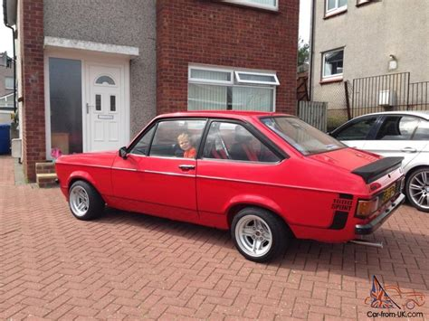 ford escort  sport red