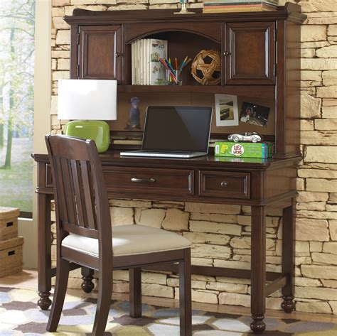 Youth Desk With Hutch Samuel Expedition Youth Desk W Hutch Corkboard Boulevard Home Furnishings Desk