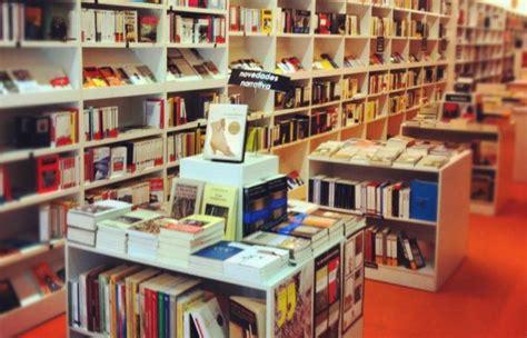 libreria universitaria pescara ram 243 n llull no s 243 lo una librer 237 a universitaria le cool