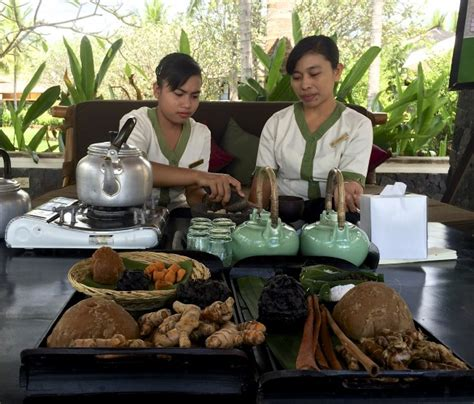 Health Secret Of Turmeric Kunyit how to make jamu a healthy balinese tonic cellophaneland