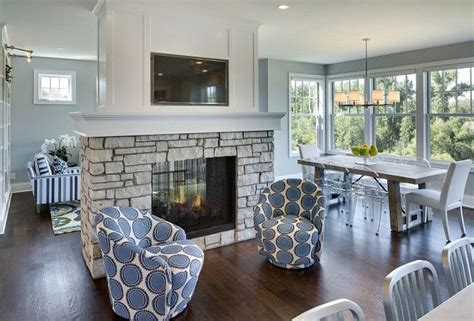Fireplace Between Dining Room And Living Room Best 25 Casual Family Rooms Ideas Only On