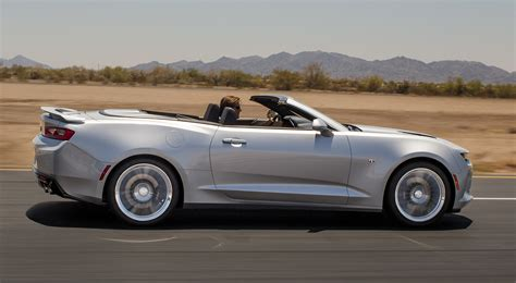 convertible sports cars chevrolet camaro convertible photo gallery car