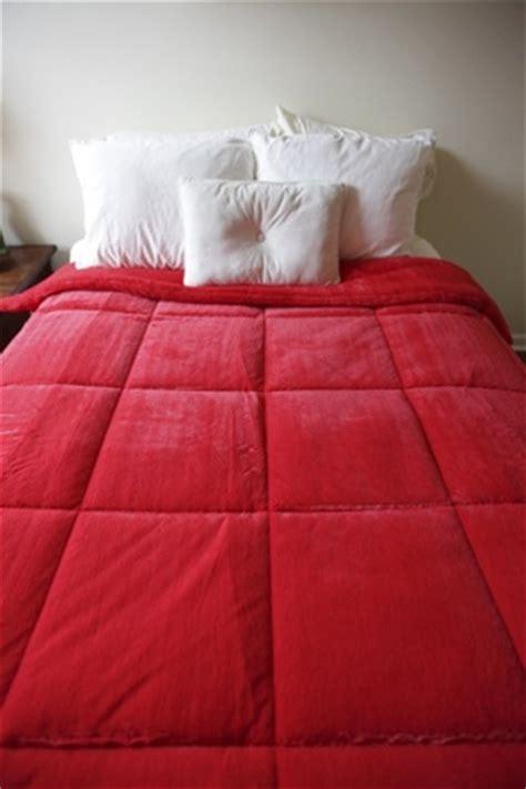 bright red comforter p1 2 2 plushred 3 jpg