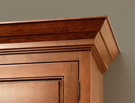 molding for corner kitchen cabinetry