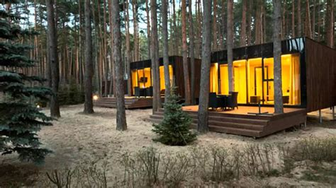 Minimalist Design House by Yod Design Lab S Modern Cabins Mirror The Forest In