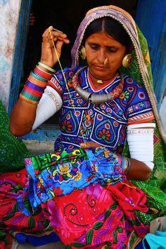 gujarat biography in hindi meeting women artisans in hodka village gujarat india