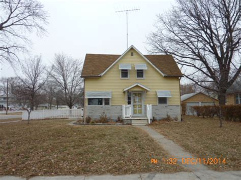houses for sale columbus ne 1622 6th st columbus nebraska 68601 bank foreclosure info reo properties and bank owned