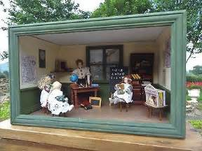 old fashioned dolls house vintage 1 12 scale dolls house old fashioned school room 163 40 00 picclick uk