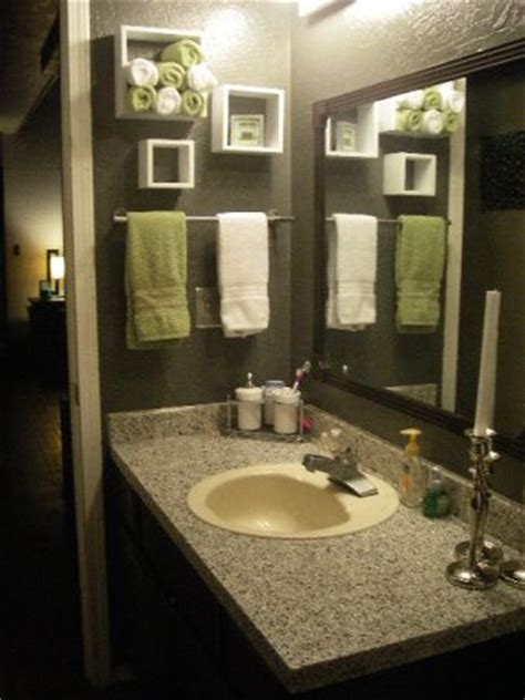 brown and green bathroom 25 best ideas about green bathroom decor on pinterest