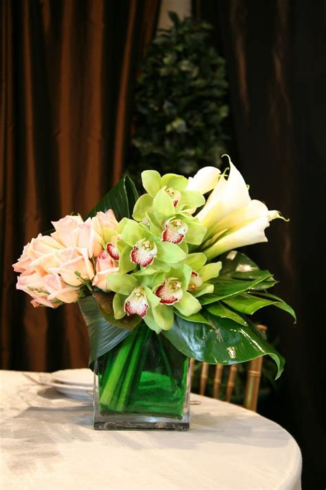 table flower arrangement ideas 17 best ideas about modern floral arrangements on